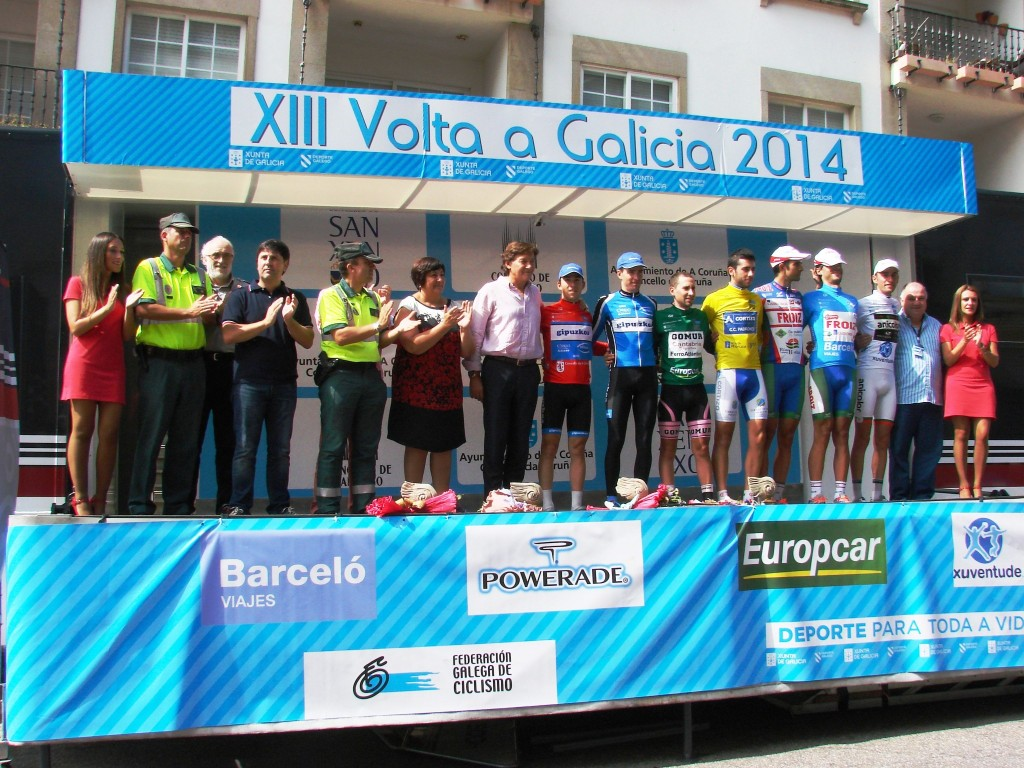 Podio final de la 13ª Volta a Galcia-GP Deporte Galego.