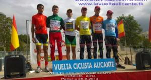 Podio final de la Vuelta a Alicante júnior. © arbitrosciclismo.com