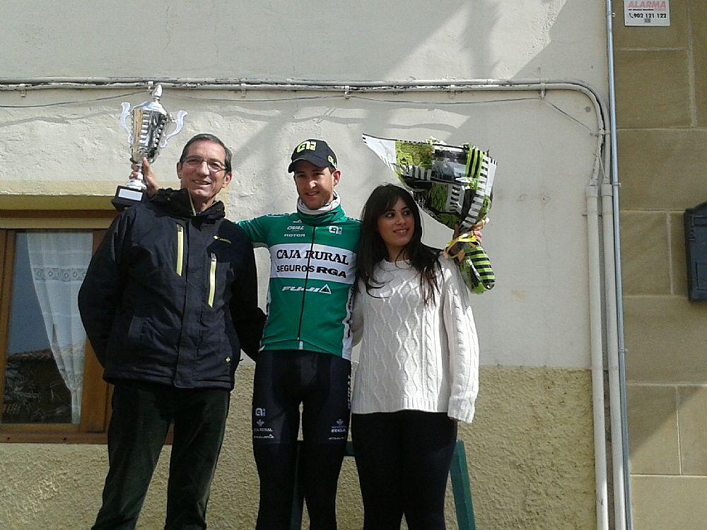 Iker Azkarate, en el podio © CR-SEG. RGA