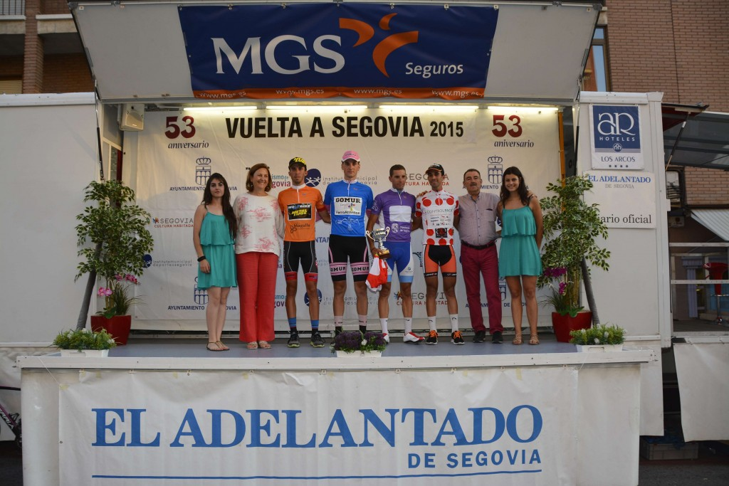 Podio con los líderes de la Vuelta a Segovia tras la 1ª etapa.