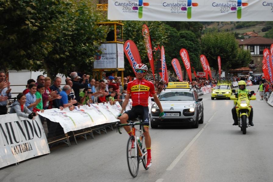 Jaime Rosón cruzaba así la meta en Potes © Sportpublic