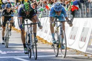 Un sprint con premio © Bettini