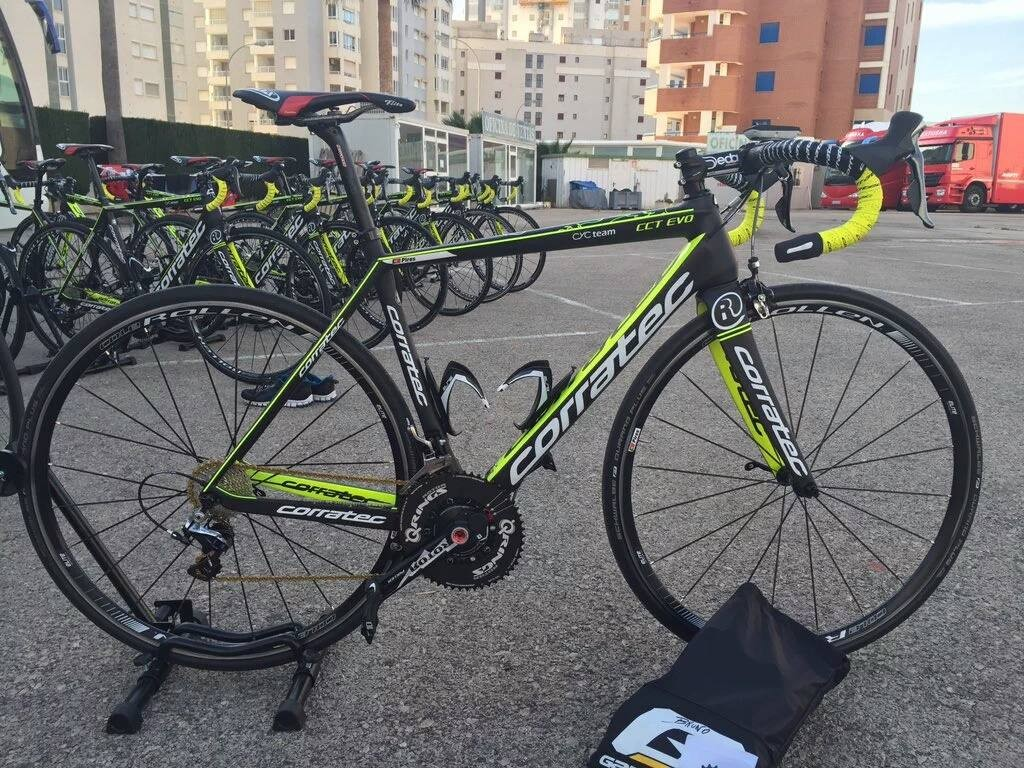 La bicicleta del equipo suizo © Roth