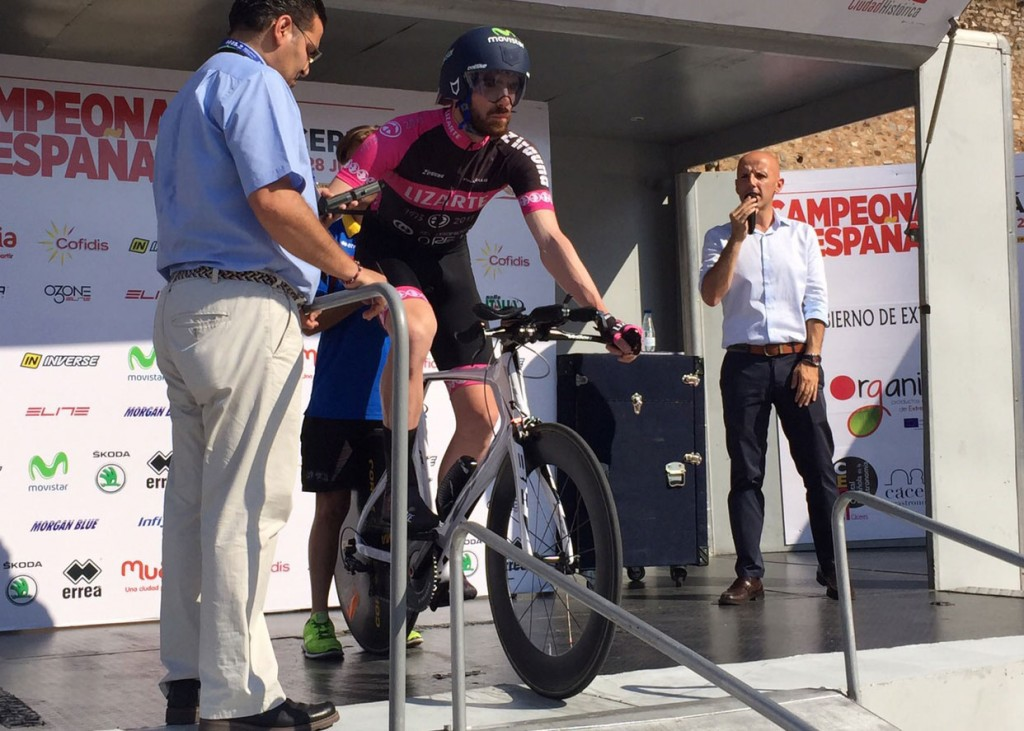 Raúl Martínez de Morentín, en la salida del Campeonato de España CRI 2015 © GD Lizarte