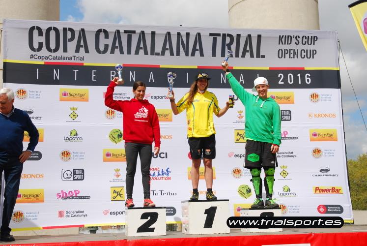 Podio femenino © www.trialsport.es