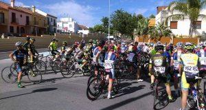 El pelotón en la Vuelta al Aljarafe © CC Andalucía Nature