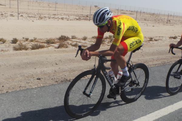 De la Cruz entrenando en el desierto © RFEC