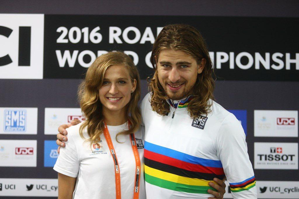 Sagan con su mujer