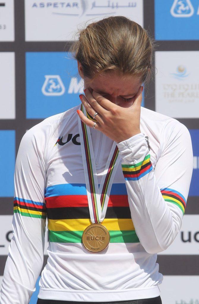 Las lágrimas de la campeona © D. Aliaga