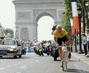Fignon, en París © Efe FRANCIA-CICLISMO