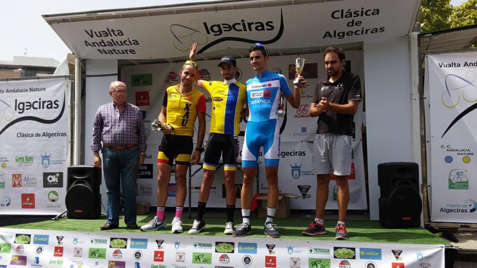 Podio de la Clásica Algeciras, una de las puntuables ganada por el élite González Román