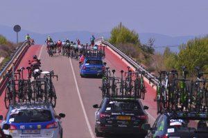 Peloton_Coches_Recurso_Vuelta España_2017_05