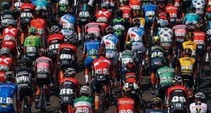 Peloton_Vuelta España_2017_07_recurso